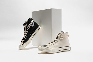 HBX 即将推出 Fear of God Essentials x Converse Chuck 70 联名鞋款