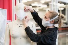 Under Armour 生产折纸风格口罩来对抗新冠病毒