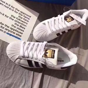 Adidas阿迪达斯Superstar金标大童款贝壳头