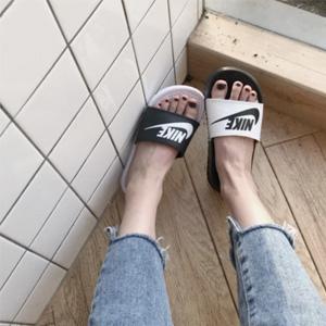 Nike耐克 Benassi JDI Mismatch黑白鸳鸯配色凉拖