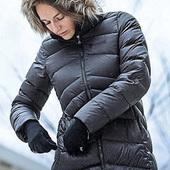 反季新低!Marmot 土拨鼠 Montreal蒙特利尔 女士700蓬中长款毛领羽绒服78570