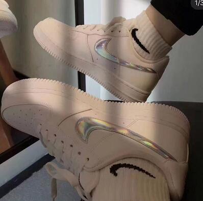 Nike Court Vision 低帮休闲运动鞋镭射款