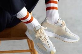 New Balance 327 人气复古球鞋,清新素净环保设计
