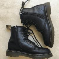 黑色补码!Dr Martens 1460 8孔侧拉链大童款马丁靴 两色