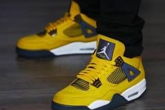 """神鞋降临!传闻 Air Jordan 4 """"Lightning""""将于明年复刻回归!"""