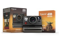 Polaroid推出曼达洛人主题的限量版相机