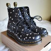 Dr. Martens 1460 Pascal印花女款8孔靴