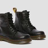 Dr. Martens 1460水波纹金属感皮大童款8孔靴