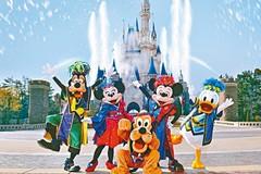 品牌|童话世界是假的!迪士尼3.2万人失业变成真的了