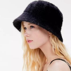 UO Gia 水桶帽 双色可选