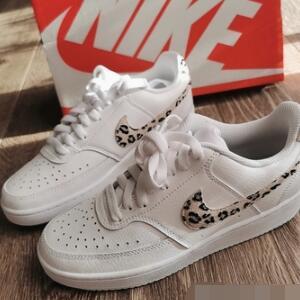 Nike Court Vision 女款板鞋 豹纹款