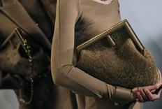 首次登场:Fendi秋冬系列最瞩目手袋First Bag