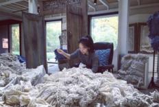 中国扎染艺术家林芳璐赢得 Loewe 工艺奖大奖