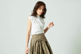 Snidel 推出2021年秋季新款连衣裙